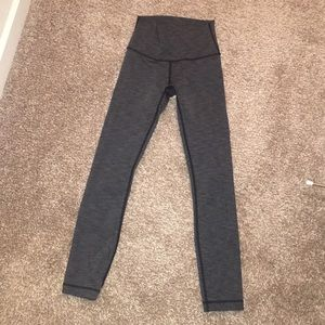 Lulu lemon dark grey workout leggings